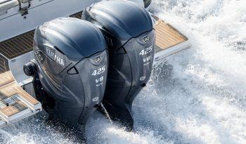 2020-Yamaha-XF425-EU-Light_Grey_Metallic-Action-001-03